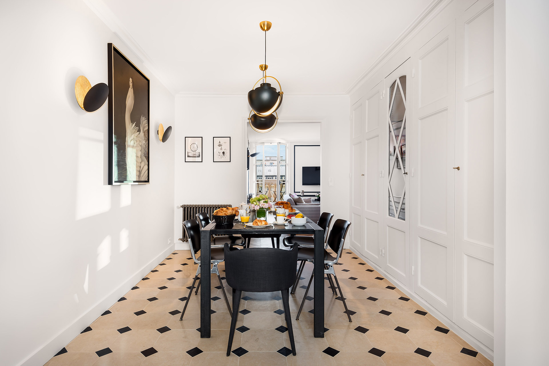 Dining room in the Chevalier vacation rental by Paris Perfect