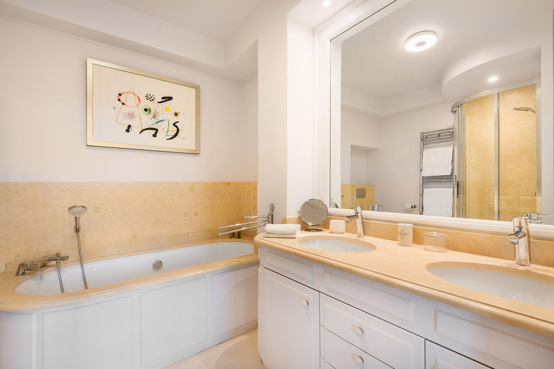 Luxurious bathroom 1 in the Chevalier vacation rental by Paris Perfect