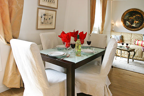 Dining Table in Quincy Paris Apartment