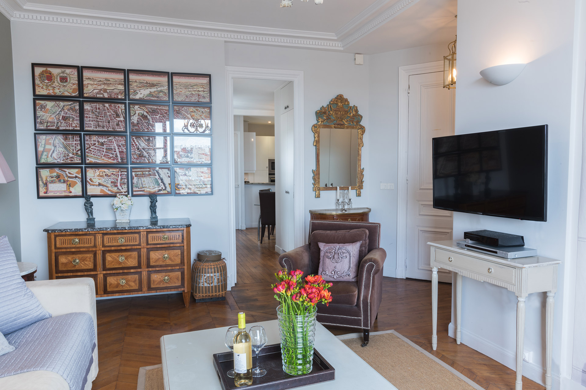 View from the living room towards the to the kitchen of the Cognac vacation rental offered by Paris Perfect