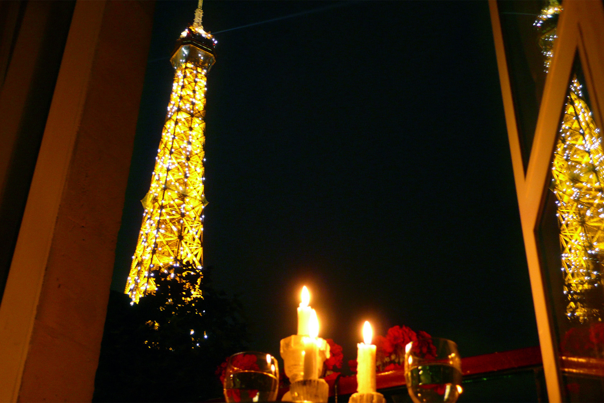 Eiffel Tower Paris Apartment