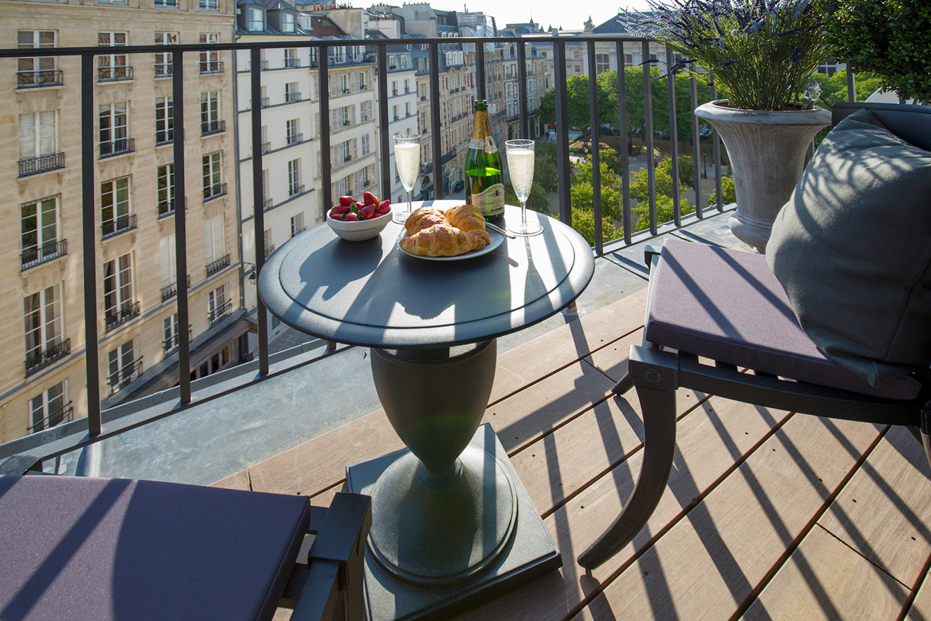 Balcony overlooking the lovely Place Dauphine from the Monbazillac vacation rental offered by Paris Perfect