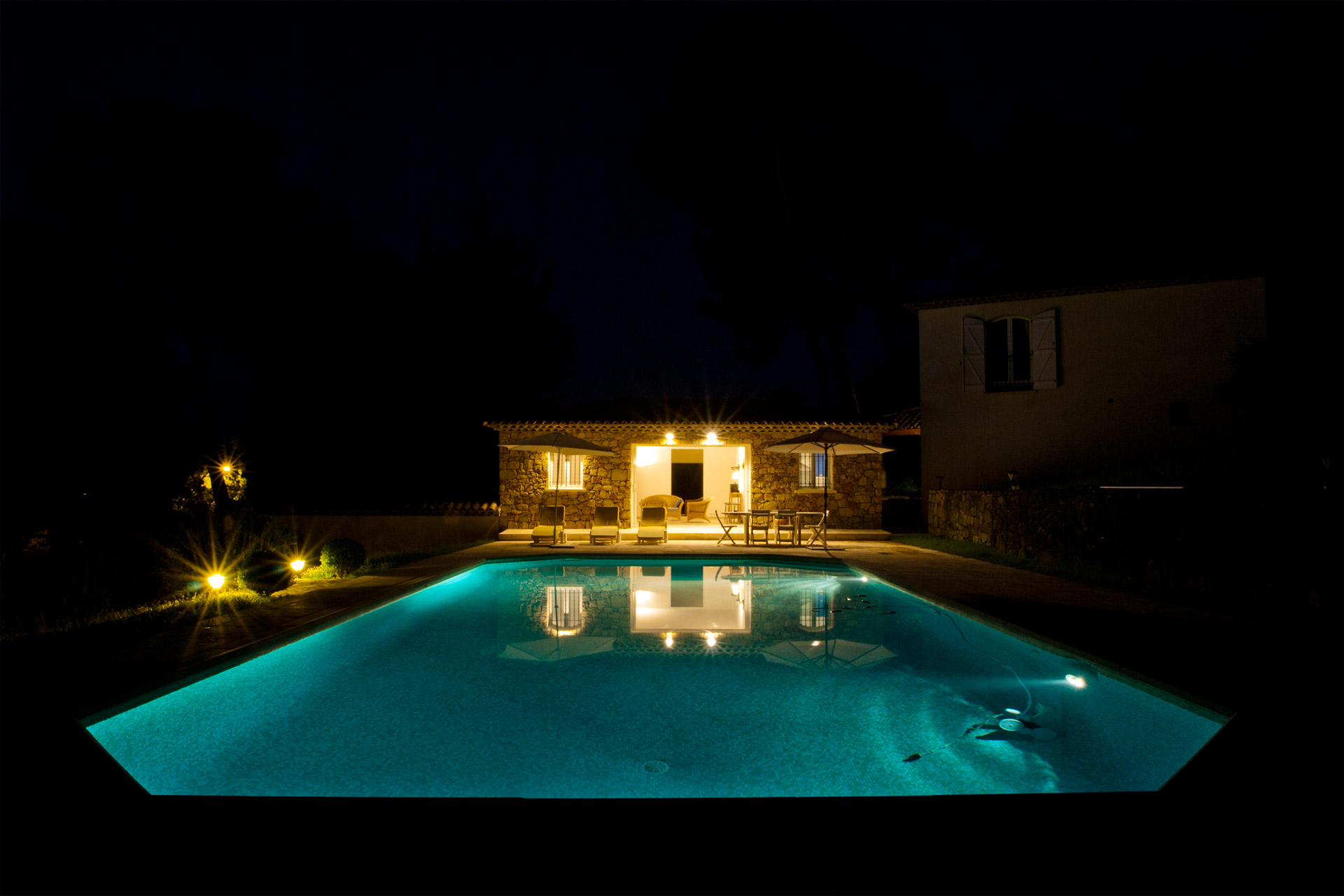 spacious 6 bedroom house with pool in provence near cannes