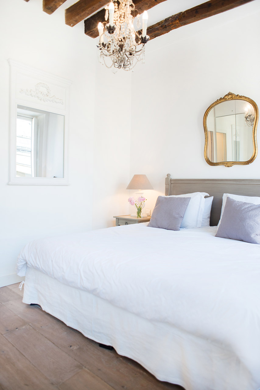 Tranquil bedroom in the Forez vacation rental offered by Paris Perfect
