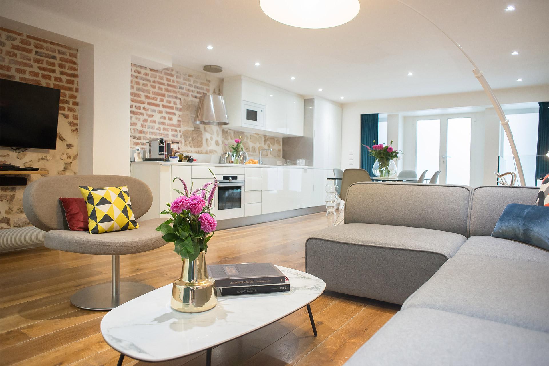 Lascombes open plan living room