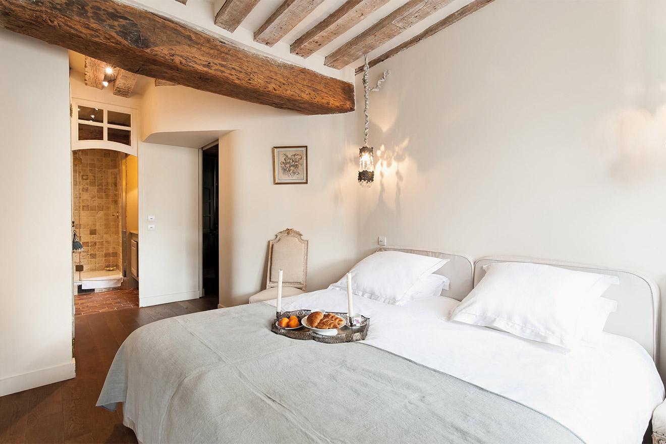 Lussac bedroom