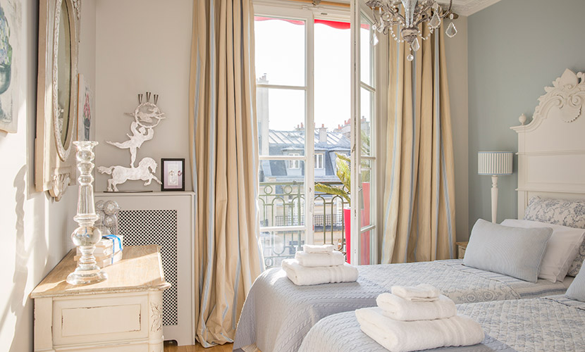Bedroom Paris Vacation Rental