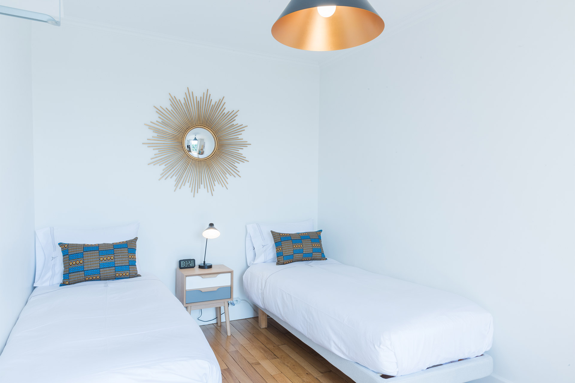 Bedroom three with two single beds in the Mondeuse vacation rental offered by Paris Perfect