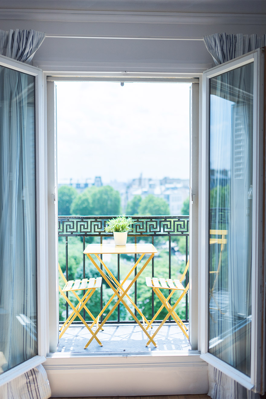 Stunning private balcony in the first bedroom of the Mondeuse vacation rental offered by Paris Perfect
