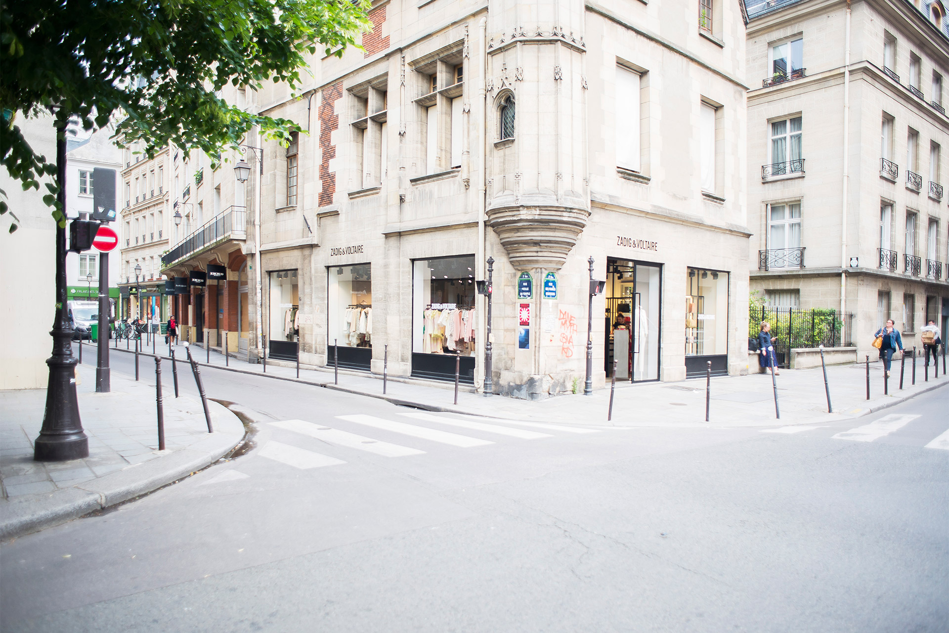 Historic Paris neighborhood with world class shopping
