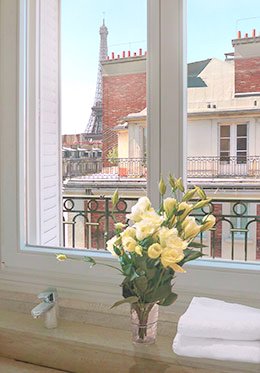 En Suite Paris Bathroom with Eiffel View