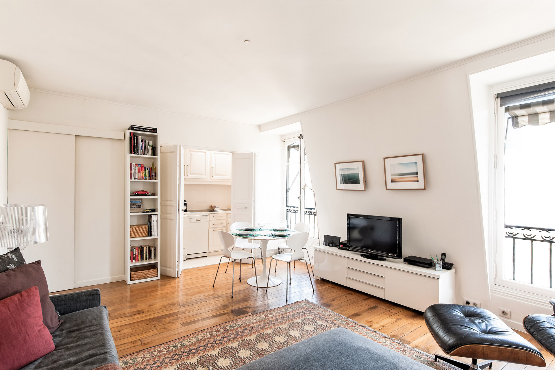 Apartment in Paris France with Cable TV