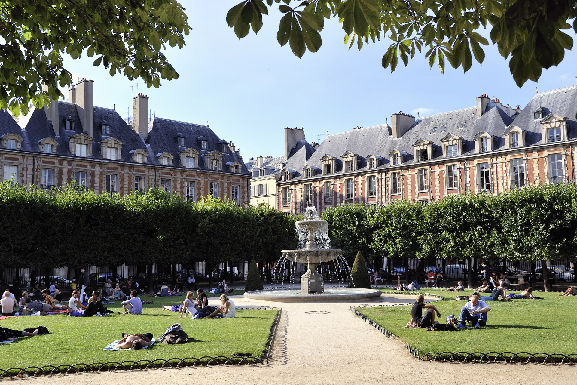 The elegant Place des Vosges in Paris