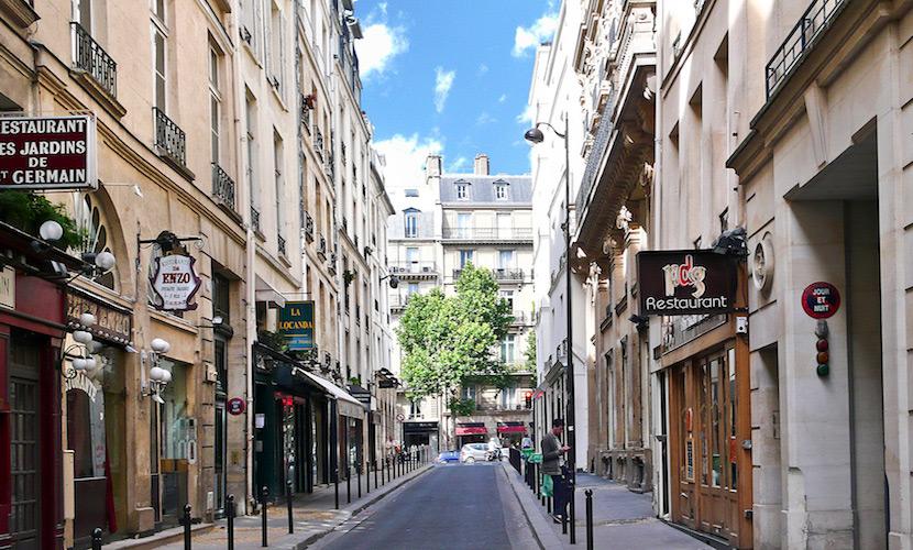 Apartment Rental on Rue du Dragon