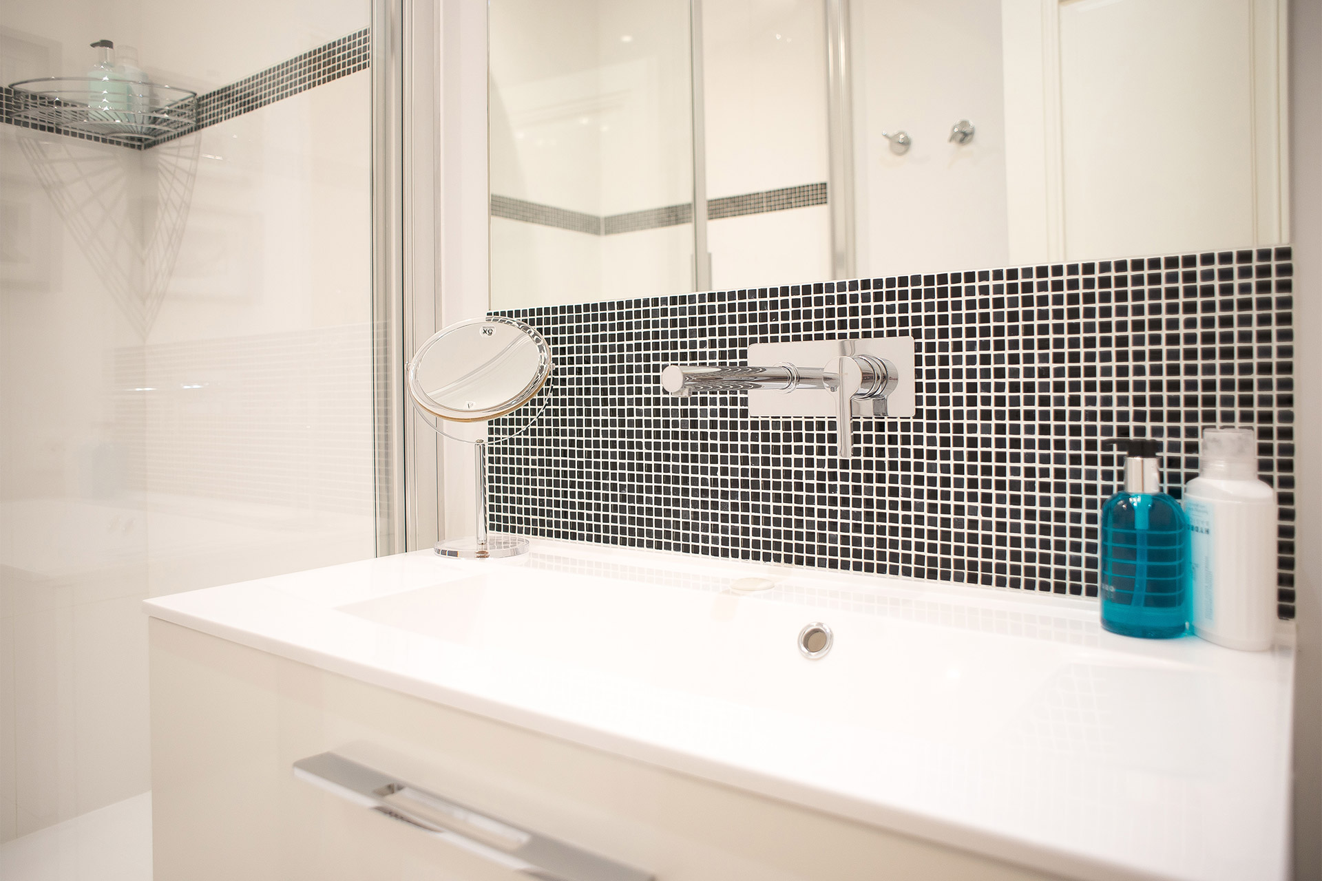 Beautifully remodeled bathroom in the Saint Emilion vacation rental offered by Paris Perfect