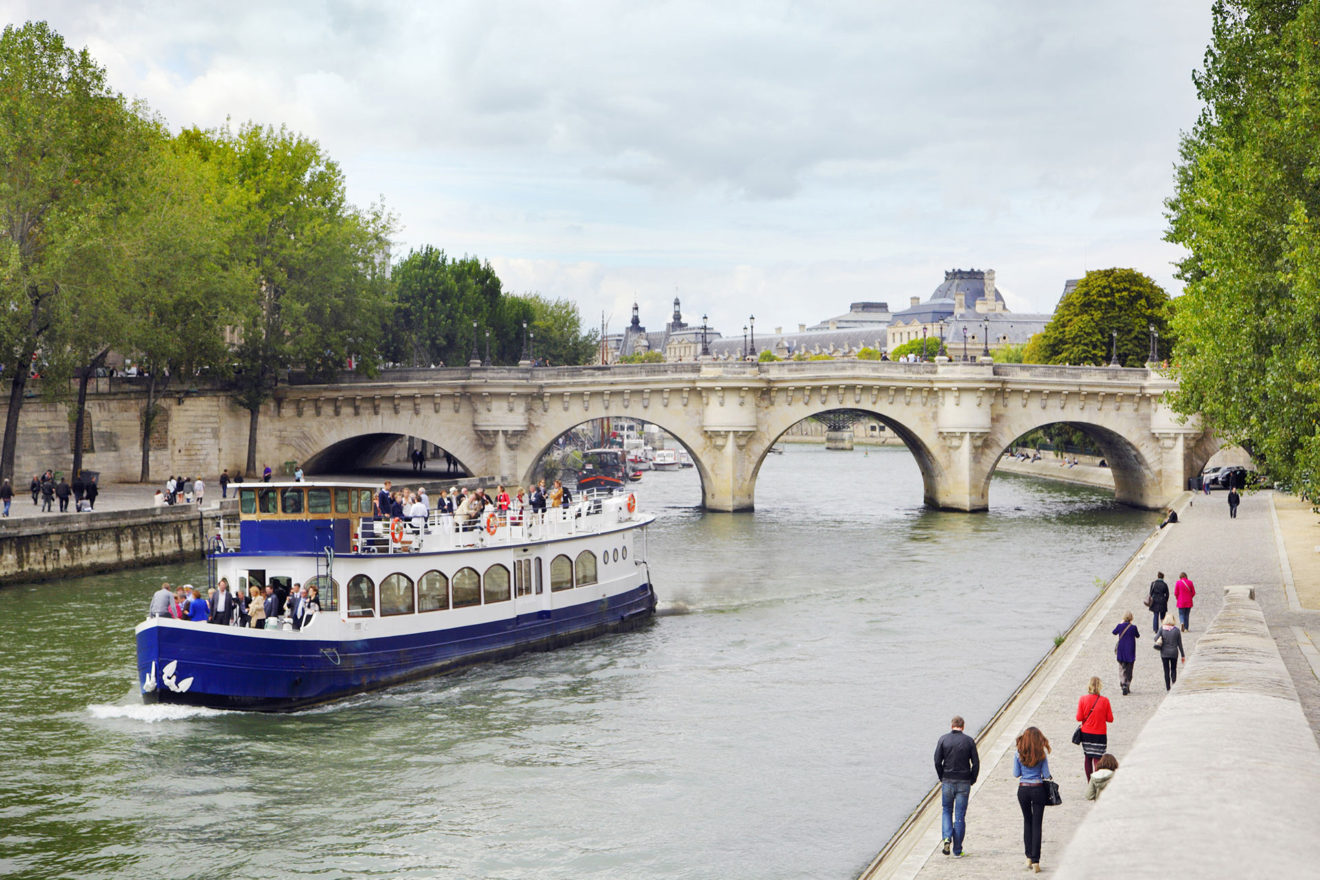 Take a cruise along the Seine to see the sights