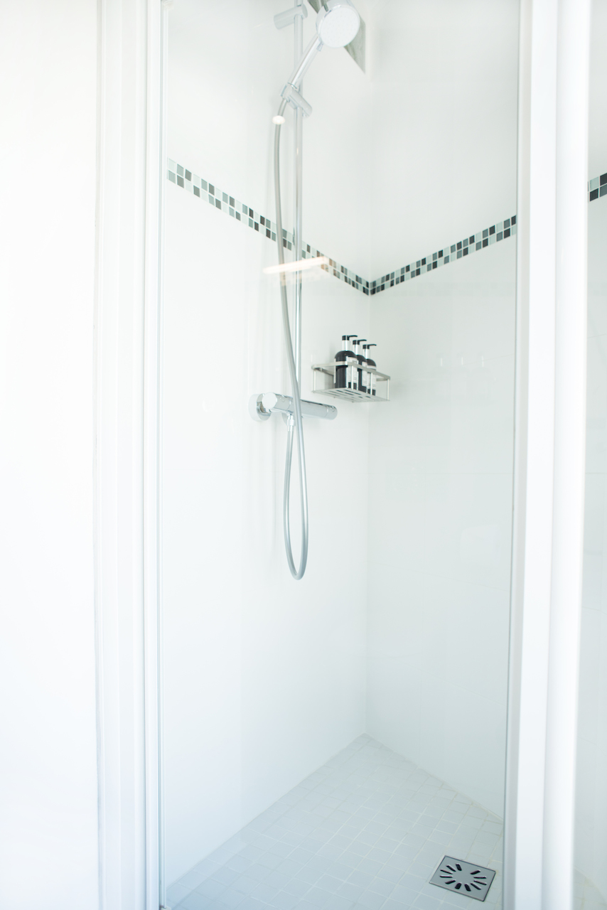 Walk-in shower in the Vougeot vacation rental offered by Paris Perfect