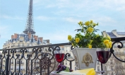 2 Bedroom Luxury Flat in Paris with Eiffel Tower Views - Paris Perfect