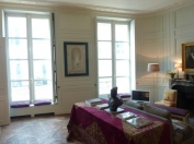 Book stunning 1 bedroom Paris apartment - the heart of Saint Germain