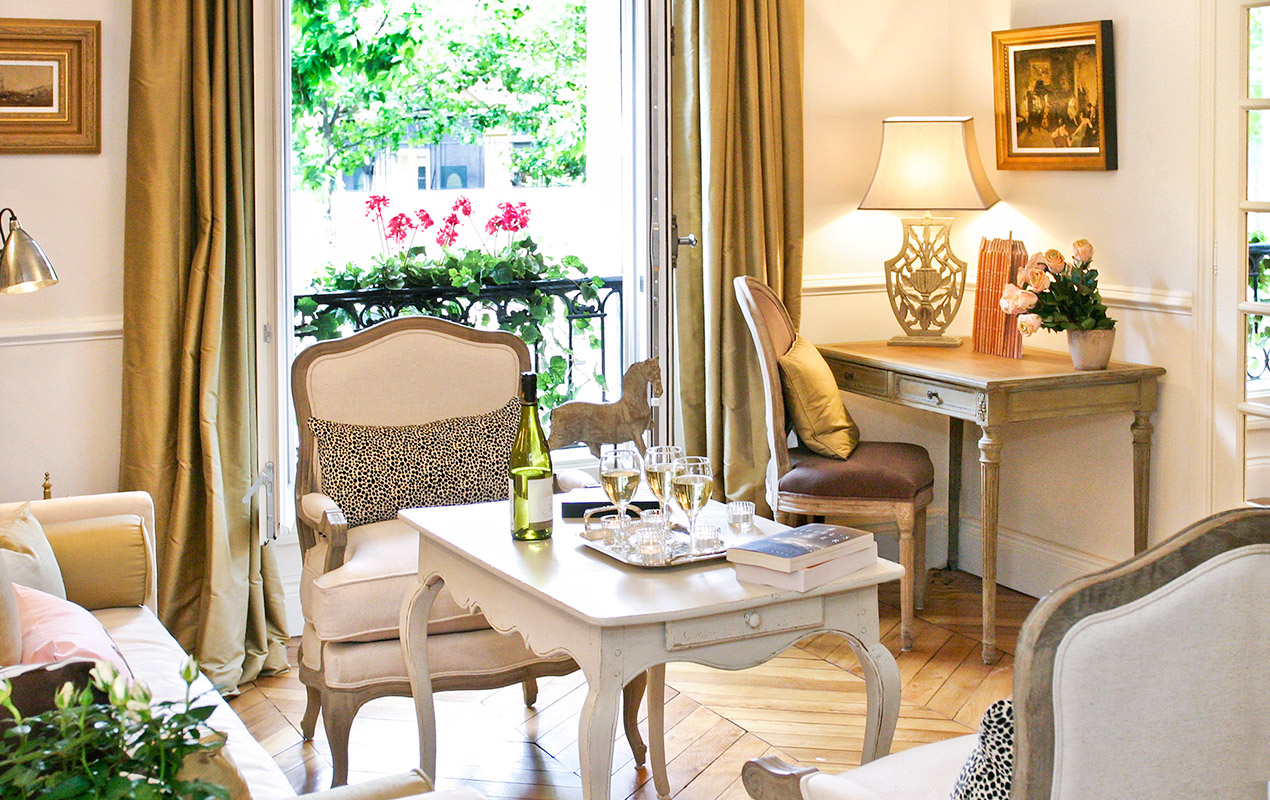 Toast your arrival in your very own Parisian pied-à-terre
