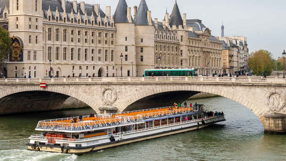 The Batobus Paris