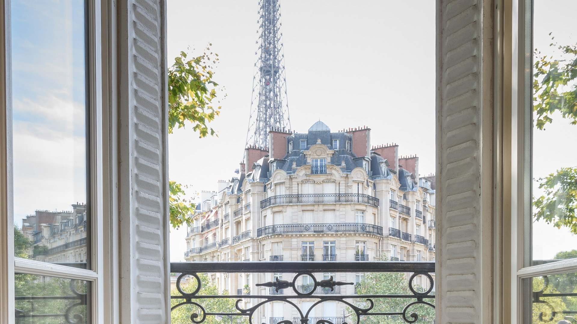 Can I rent my apartment short term when I am not in Paris?