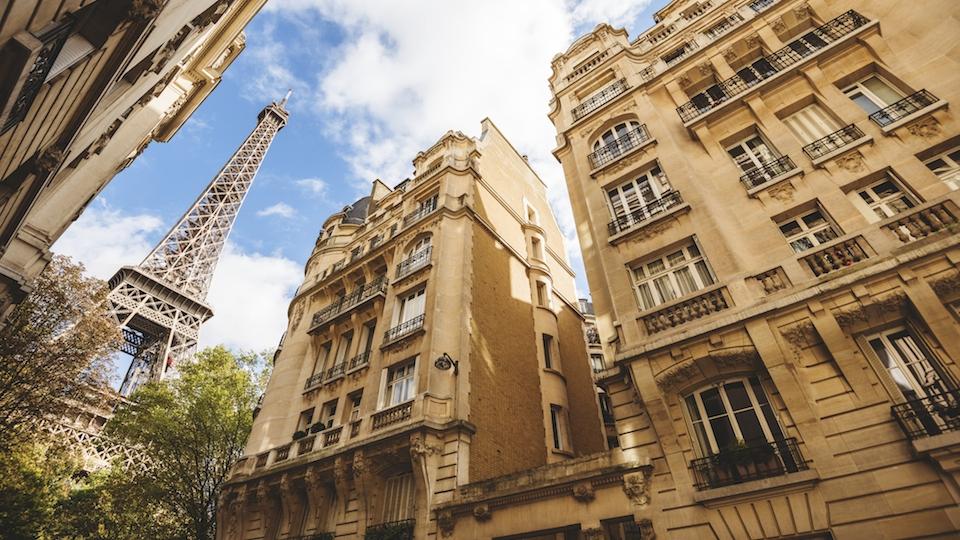 The 7th Arrondissement In Paris Quintessential Parisian