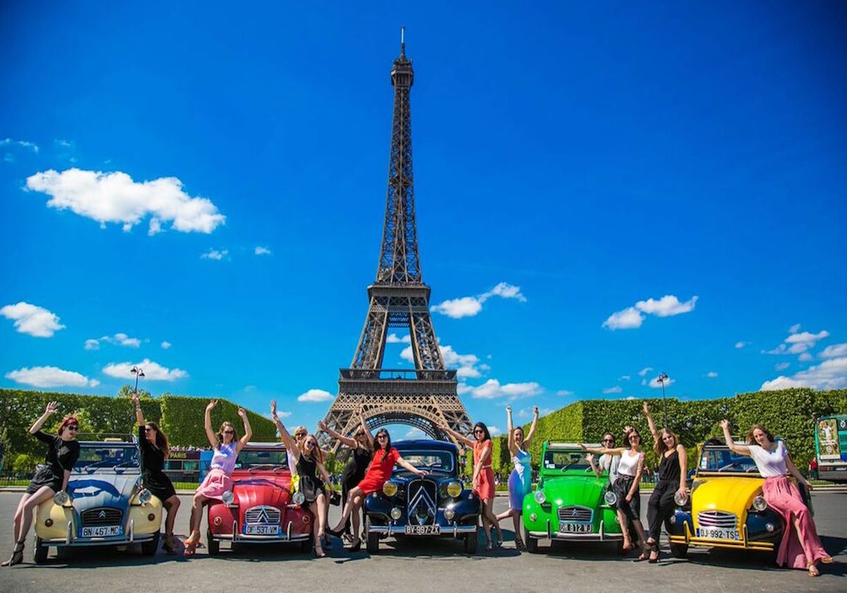 2CV Citroën Car Tour