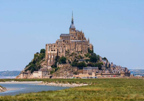 Day Trip to Mont Saint Michel from Paris