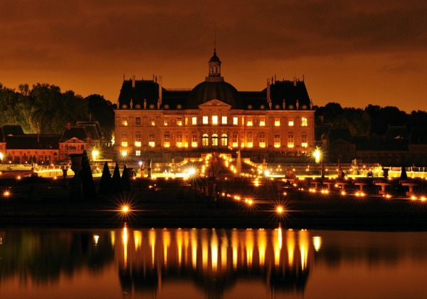 Candlelight Dinner and Visit of Vaux le Vicomte in a Small Group