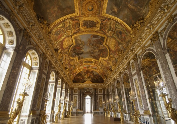 Small Group Tour of the Palace and Gardens of Versailles (morning)